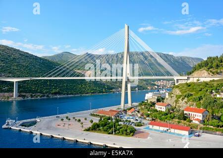 The Franjo Tudjman road bridge crossing Rijeka Dubrovacka waterway seen from Port of Dubrovnik at Gruz - Stock Photo