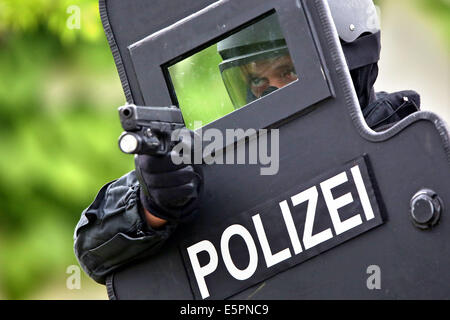 Members of the Special Operations Command (SEK) of the Thuringian State Criminal Police Officeconduct an exercise - Stock Photo