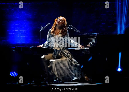 Toronto, Ontario, Canada. 8th Aug, 2014. American singer-songwriter, pianist and composer TORI AMOS perfromed sold - Stock Photo