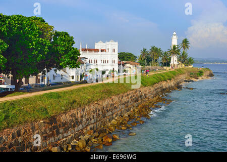 View of the fortification wall, Meera Mosque and the lighthouse, UNESCO World Heritage Site, Galle Fort, Galle - Stock Photo