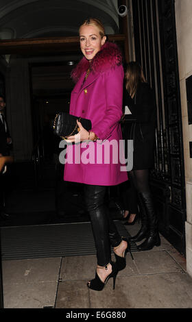 Celebraties arriving to view Matthew Williamson Autumn and Winter Collection fashion show.  Featuring: Cat Deeley - Stock Photo
