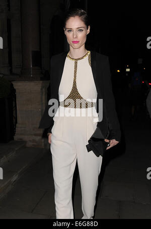 Celebraties arriving to view Matthew Williamson Autumn and Winter Collection fashion show.  Featuring: Coco Rocha - Stock Photo