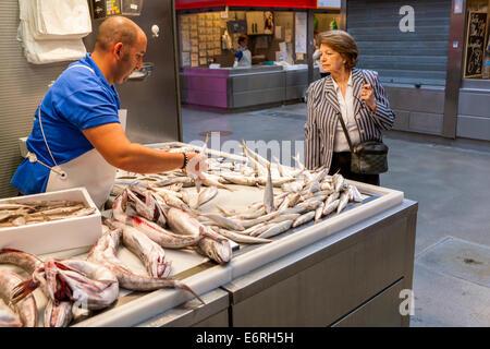 Seafood department, Mercado Central de Atarazanas, market hall in Málaga, Costa del Sol, Andalusia, Spain, Europe. - Stock Photo