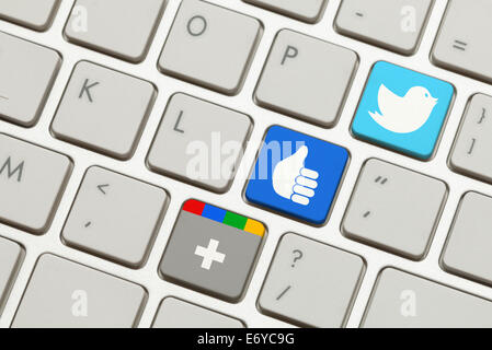 Keyboard with Popular Social Networking Launch Keys. - Stock Photo