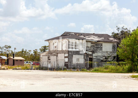 Dilapidated, abandoned Monroe Station building in the Big Cypress National Preserve and Florida Everglades. - Stock Photo