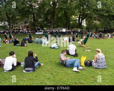 31 Aug 2014, Brighton: The Lewisham Concert Band playing in the Royal Pavilion Gardens. - Stock Photo