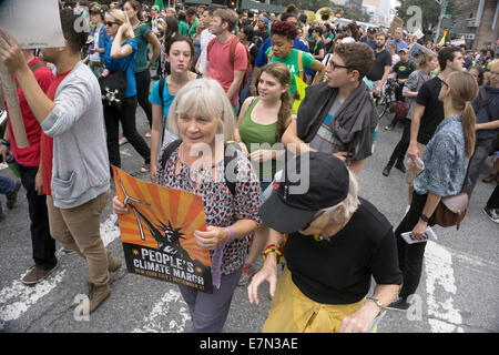 New York, USA. 21st September, 2014. Many  thousands of people from the United States & other countries joined New - Stock Photo