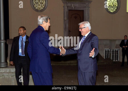 German Foreign Minister Frank-Walter Steinmeier welcomes U.S. Secretary of State John Kerry to Villa Borsig, the - Stock Photo
