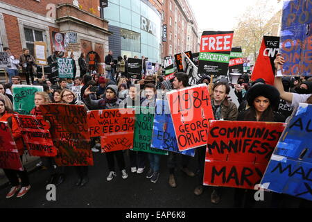 London, UK. 19th Nov, 2014. Students are gathering ahead of the Free Education march in central London. Credit: - Stock Photo