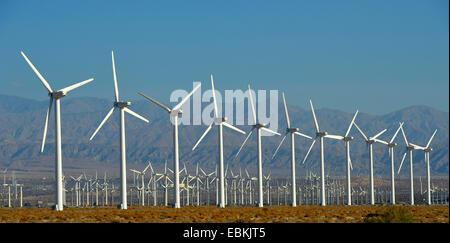 San Gorgonio Pass Wind Farm, USA, California, San Bernadino Mountains, Palm Springs - Stock Photo