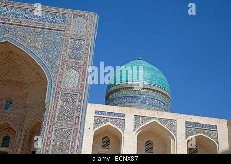 Tiled Iwan portal of the Kalyan Mosque, part of the Po-i-Kalyan Complex in Bukhara, Uzbekistan - Stock Photo