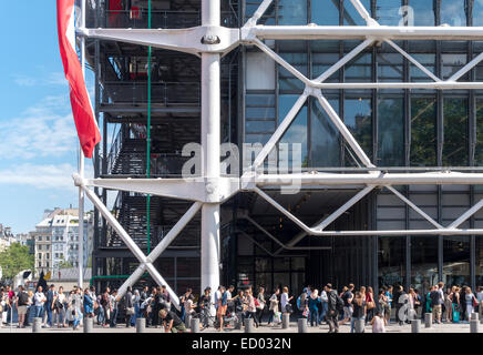 Paris Centre Pompidou Museum  with long lines around the block on the first Sunday of the month when admission is - Stock Photo
