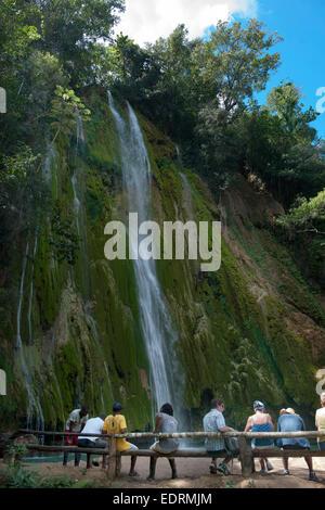Dominikanische Republik, Halbinsel Samana, Wasserfall El Limon - Stock Photo