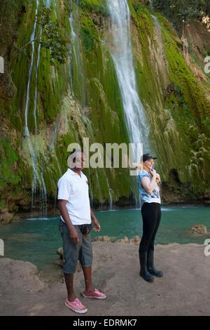Dominikanische Republik, Halbinsel Samana, am Wasserfall El Limon - Stock Photo