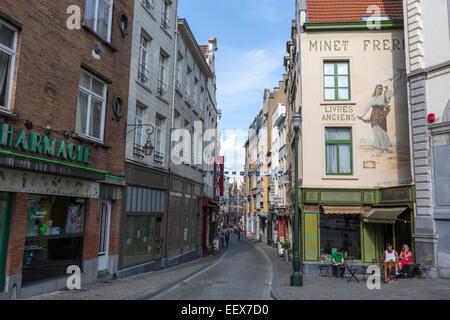 Old bookshop Minet freres Avenue du Chant d'Oiseau Bruxelles - Stock Photo