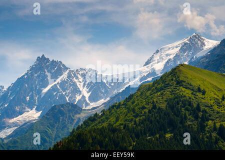 Mont Blanc and the Aiguilles de Chamonix range, Rhone-Alpes, Haute-Savoie, France, Europe - from Bellevue - Stock Photo