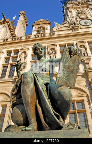 Paris, France. Statue in front of the Hotel de Ville - 'La Science'  by Jules Blanchard; 1882 - Stock Photo