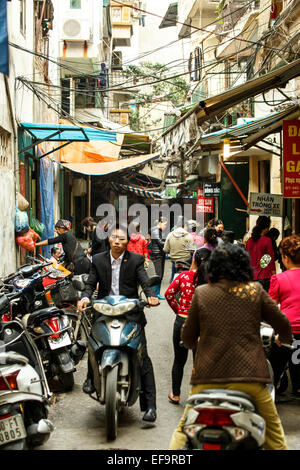 Street scene, Old Quarter (aka The 36 Streets), Hanoi, Vietnam - Stock Photo