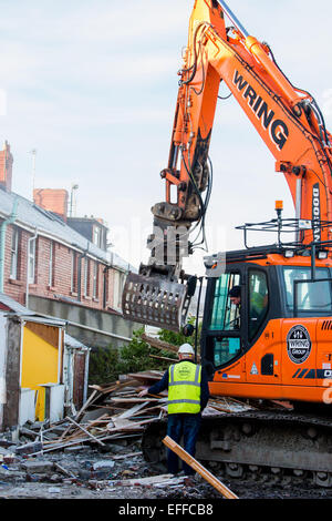 Aberystwyth Wales UK, Tuesday 3 Feb 2015  Demolition crews start the work of flattening the terraced houses in Glyndwr - Stock Photo