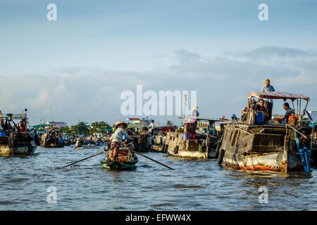 Cai Rang floating market at the Mekong Delta, Can Tho, Vietnam - Stock Photo