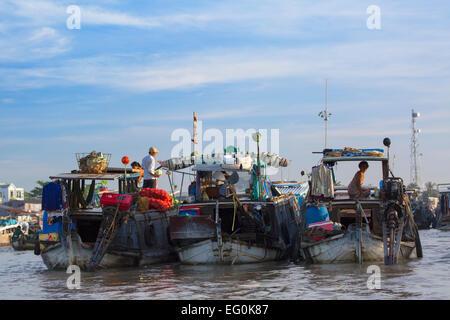 Cai Rang floating market, Can Tho, Mekong Delta, Vietnam - Stock Photo