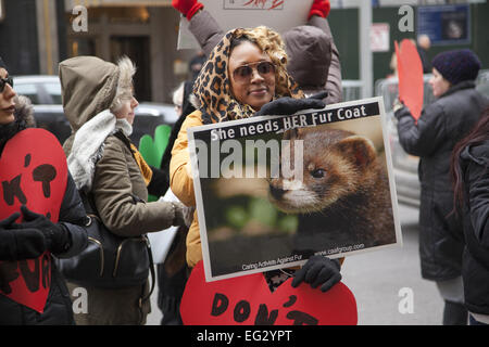 NY, NY, USA. 14th Feb, 2015. Animal Rights Activists opened their hearts in protest on Valentine's Day; marching - Stock Photo