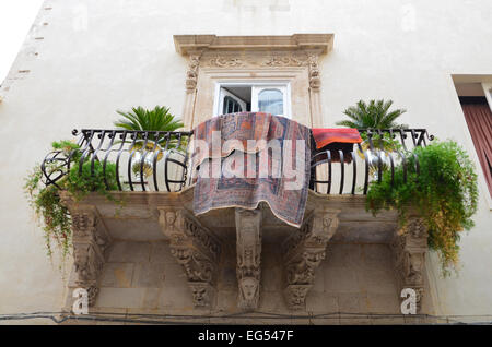 Typical house in the ancient Syracuse - Stock Photo