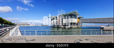 Lisbon Oceanarium, the second largest oceanarium in the world and the biggest in Europe with a view over the Parque - Stock Photo
