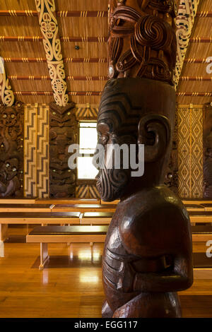 Interior of the Te Whare Rūnanga assembley house at the Waitangi treaty grounds, New Zealand. - Stock Photo