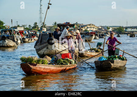Cai Rang floating market at the Mekong Delta, Can Tho, Vietnam, Indochina, Southeast Asia, Asia - Stock Photo