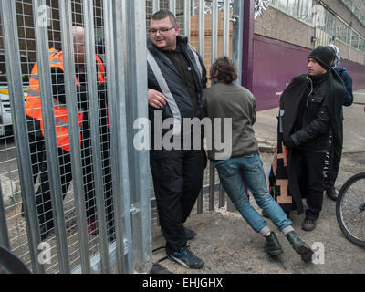 London, UK. 14 March, 2014. Activists marched around the Aylesbury Estate in a protest organised by the group, Defend - Stock Photo