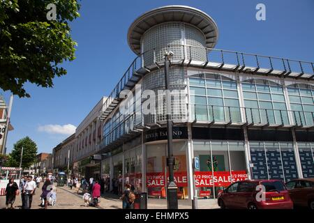 Shopping in Wolverhampton City Centre - River Island shop - Stock Photo