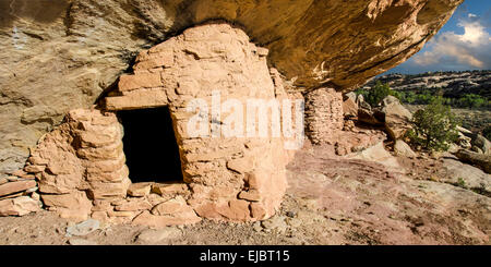 Ancient Puebloan ruins near Blanding, Utah - Stock Photo