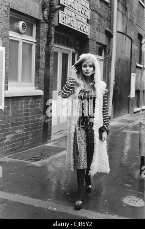 Model and horror film actress Madeline Smith. 17th February 1971. *** Local Caption *** Maddy Smith - Stock Photo