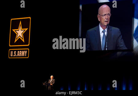 The president of the Association of the United States Army AUSA, Gen. Gordon R. Sullivan, USA, Ret.,  addresses - Stock Photo