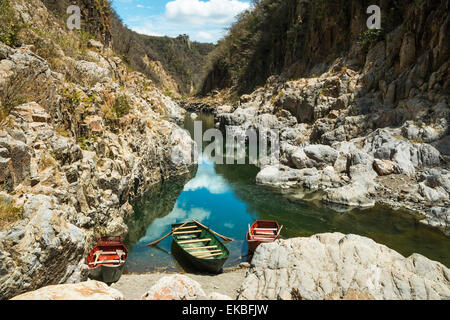 Boat navigable part of the Coco River before it narrows into the Somoto Canyon National Monument, Somoto, Madriz, - Stock Photo
