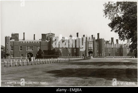 Hampton Court Palace, West Front, Borough of Richmond upon Thames, Greater London, England, UK, Postcard, circa - Stock Photo