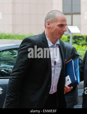 Brussels, Belgium. 12th May, 2015. Greek Finance Minister Yanis Varoufakis arrives to attend an European Union (EU) - Stock Photo
