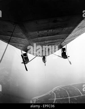 The Airship R33 seen here over the East Coast during a tour of the country to raise Victory Loans. Circa March 1919 - Stock Photo