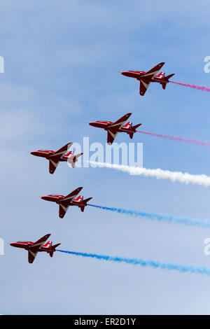 Blackpool, Lancashire,UK 25th May, 2014. Red Arrow SkyForce Opens.    The launch of the new ride complete in Red - Stock Photo
