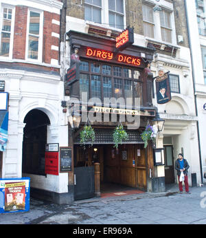 Exterior of Dirty Dicks public house in the East End of London - Stock Photo