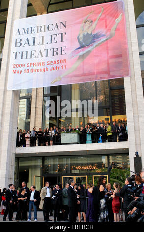 The American Ballet Theatre 69th Annual Opening Night Spring Gala at the Metropolitan Opera House on 18 May 2009. - Stock Photo