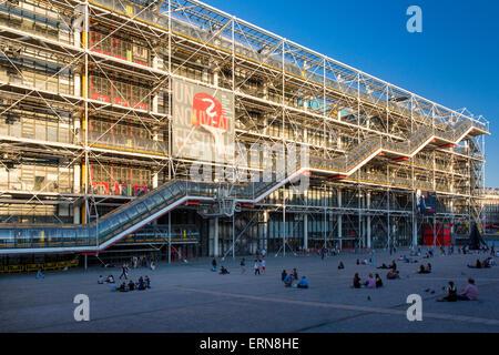 Evening below the Pompidou Centre in the 4th Arrondissement, Paris, France - Stock Photo