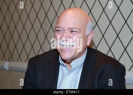 Press junket for Broadway play Living On Love held at the Empire Hotel.  Featuring: Scott Robertson Where: New York - Stock Photo