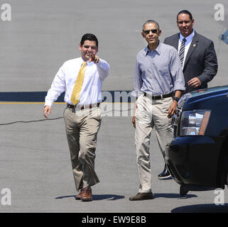 Palm Springs, California, USA. 20th June, 2015. President Barack Obama arrived at Palm Springs International Airport - Stock Photo