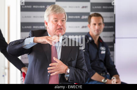 Sir Keith Mills (left) and Sir Ben Ainslie during a press conference at the newly opened BAR (Ben Ainslie Racing) - Stock Photo