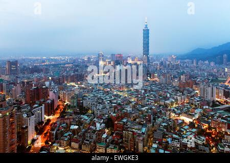 Taipei 101 building at dusk. Taiwan - Stock Photo