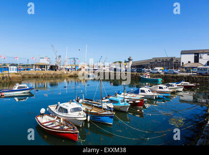 Boats in the harbour at Custom House Quay, Falmouth, Cornwall, England, UK - Stock Photo