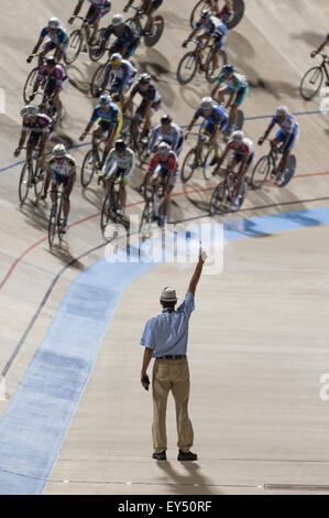 Rock Hill, South Carolina, USA. 21st July, 2015. The start of the men's 50-54 points race during the USA Cycling - Stock Photo