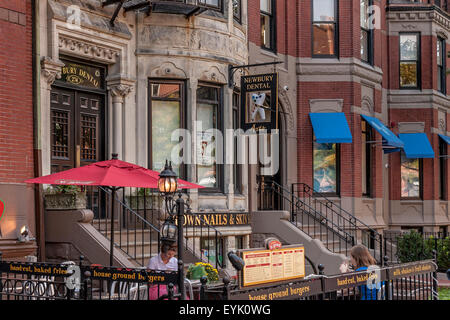 Dentist along Newbury Street , Boston , MA , Boston's premier shopping destination , Boston Massachusetts , USA - Stock Photo